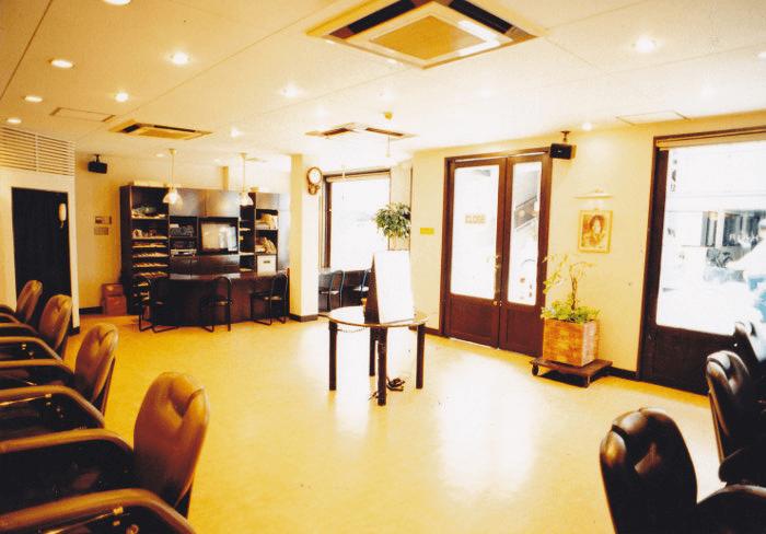 香里園(寝屋川市/枚方市)の理容室ST.GEORGE