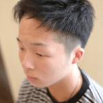 ツーブロック風刈上げ×束感ショートヘアスタイル|メンズ髪型