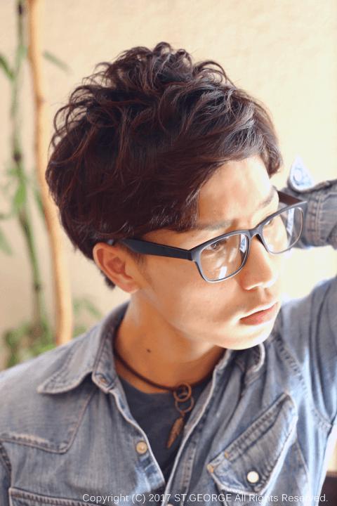 外国人風パーマ・メンズ髪型・右サイド