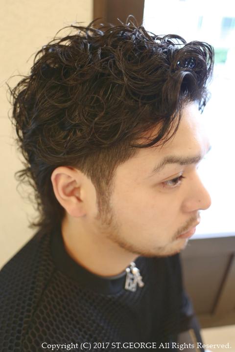 メンズ髪型七三ツーブロックパーマ